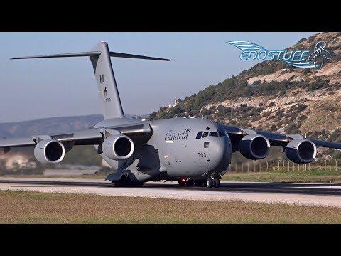 AMAZING C-17 GLOBEMASTER III CLOSE-UP TAKEOFF with AMAZING ENGINE SOUND!