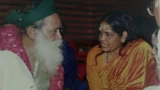 Download Yogi Ramsuratkumar Trishatee Stotram - Audio MP3 song and Music Video