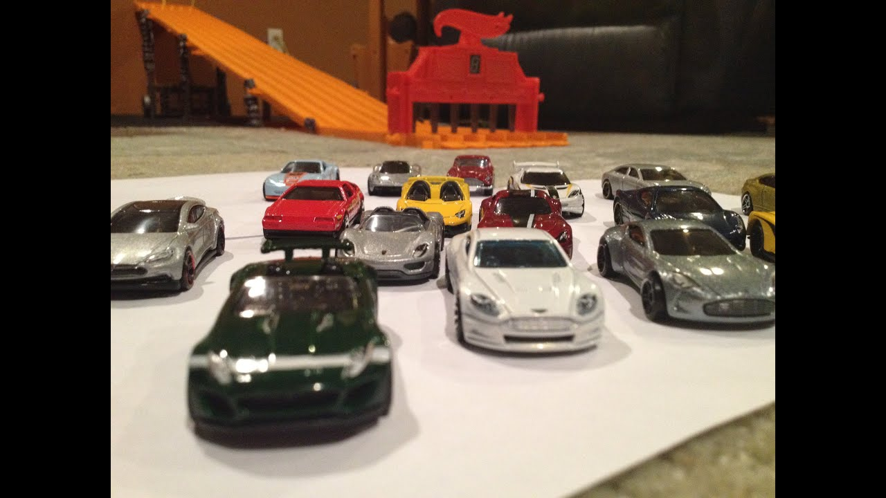 Hot Wheels Super Car Tournament Ft Aston Martins Ferraris