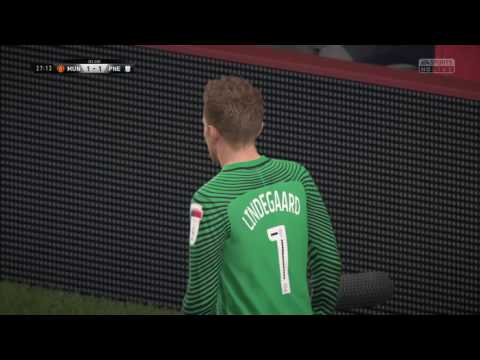 E:69 FIFA 17 - Anders Lindegaard Point Blank SAVE! - Manchester United v. Preston