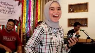 Download Lesty Kejora - DITELAN ALAM