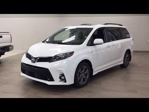 2020 Toyota Sienna SE AWD Review