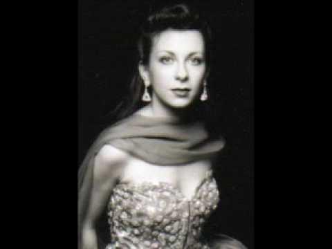 Santa Fe Opera Gets Gounod At Last  Hymel  P  rez Soar in     Pinterest Natalie Dessay as Violetta at Santa Fe Opera          Ken Howard