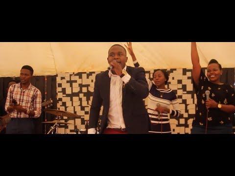 joel-lwaga-sitabaki-nilivyo-live-kwenye-amani-worship-service...