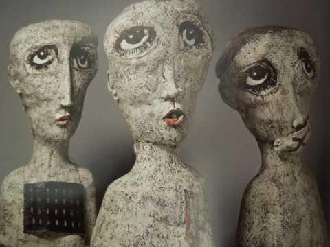 Ceramic sculpture for decorate living room | Indoor decor ideas with sculpture pictures