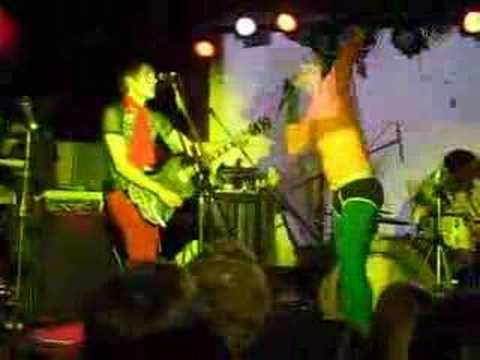 Aquaman & Of Montreal - Indie Karaoke @ Studio B, Brooklyn