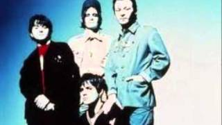 A short video of my favourite Manics tracks. Naff video I know but ...