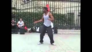 невероятный танец уличного танцора в париже_2~1.mp4(, 2012-10-05T23:18:29.000Z)