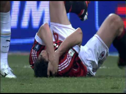 Van Bommel punched by Andres Dias lazio