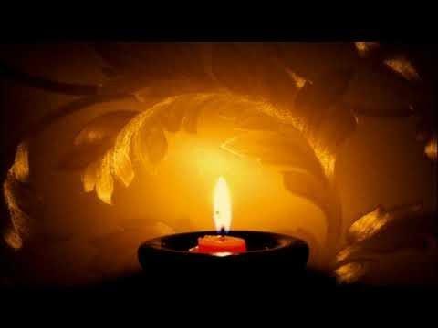 Энергетическая чистка огнём с помощью свечи.