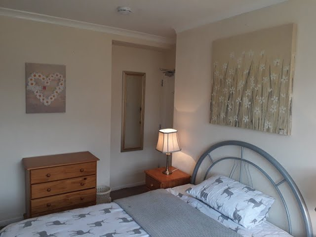 Spacious Master Bedroom with Double Bed. Main Photo