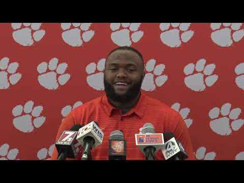 Austin Bryant on South Carolina memory and fans throwing trash