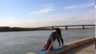 видео йога в Омске