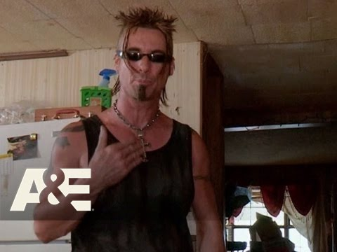 Billy the Exterminator: Roach Frenzy | A&E
