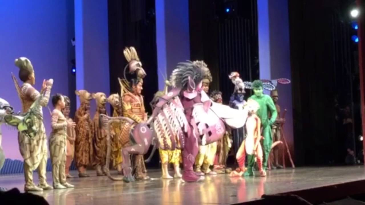 An Emotional Father S Day Surprise At The Lion King Youtube