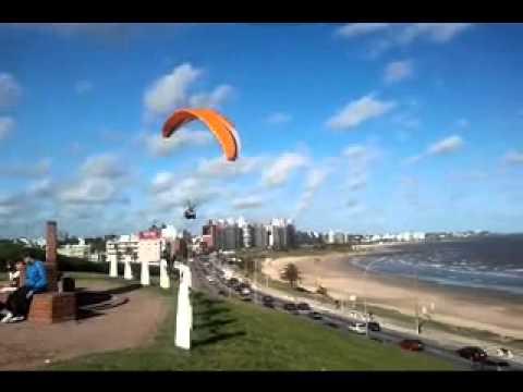 Volando parapente - Montevideo Uruguay