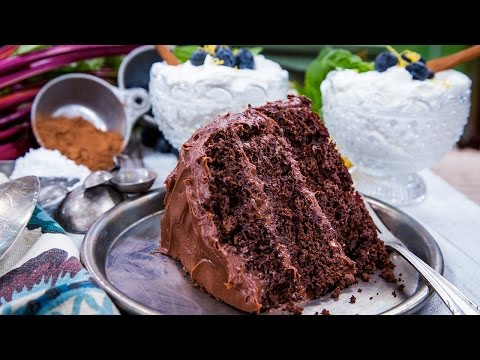Guilt-Free Old Fashioned Chocolate Fudge Cake
