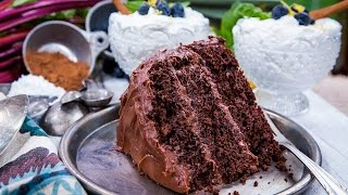Guilt-free Old Fashioned Chocolate Fudge Cake