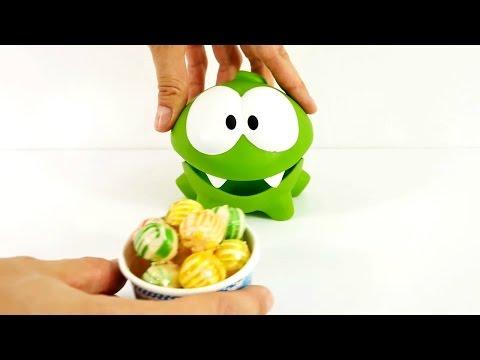 Eğitici çocuk filmi! Om Nom için yemek hazırlıyoruz - yemek pişirme oyunu! Bebek ve çocuk oyunları!