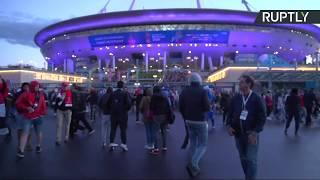 Болельщики покидают стадион «Санкт-Петербург» после матча Россия — Египет