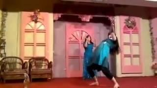 Lazy Lamhy Pakistani Hot Mujra Dance