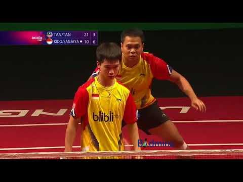 Aksi Kevin Kecil dan Markis Kido vs Tan Wee Kiong Tan Boon Heon