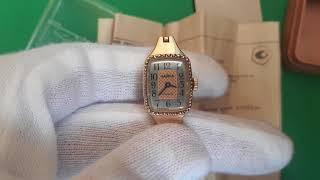Женские часы Чайка в жовтому корпуси 17 камней сделано в ссср, коробкаи документы