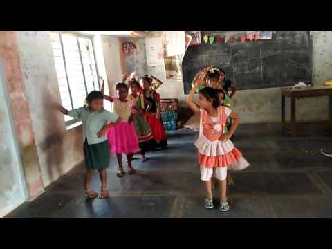 Gallu gallu telugu folk dance song