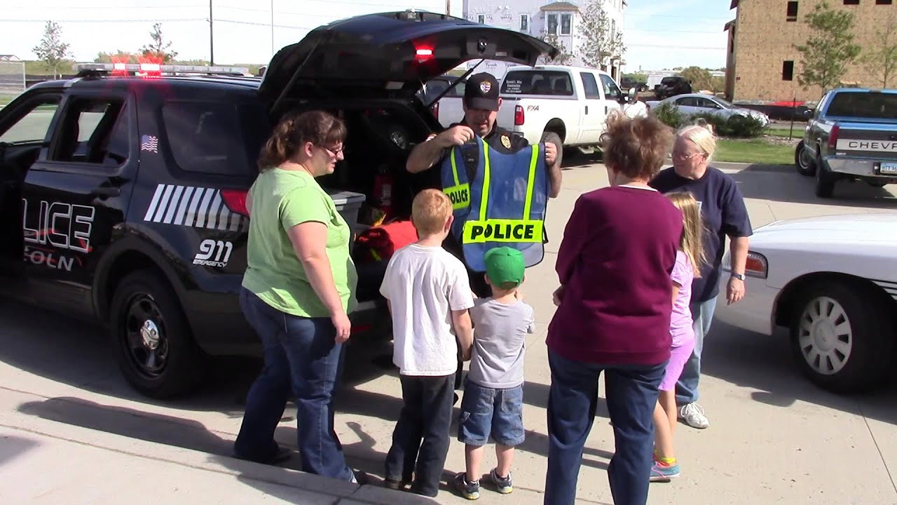 Officer Logan showing off LPD1 - Lincoln Police Department