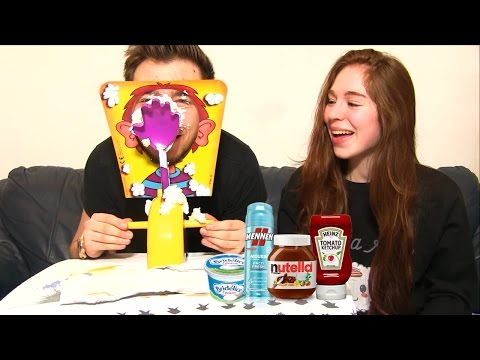PIE FACE CHALLENGE PRANK ! Mousse à raser, Nutella, Ketchup, Moutarde !