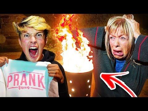 BURNING MOM'S MERCH PRANK!! *Gone VERY Wrong* (Prank Wars)