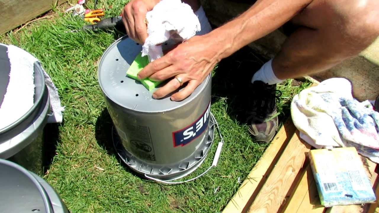 trg 2012 1 of 2 how to build a 5 gallon self wicking tomato watering container youtube - 5 Gallon Bucket Garden