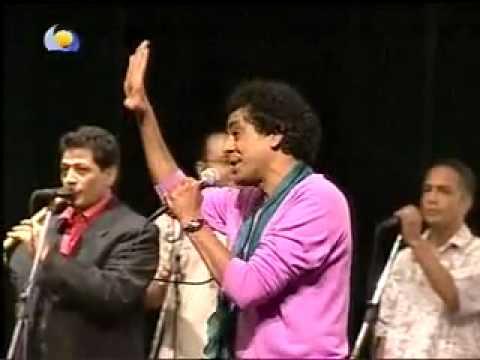 YouTube - mohamwd mounir ..... eliela ya samra . sudan concert.flv