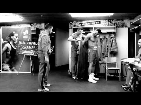 WLADIMIR KLITSCHKO VS KUBRAT PULEV: OFFICIAL FIGHT NIGHT HIGHLIGHTS