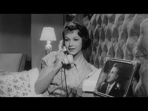 Ana Luisa Peluffo en El Hombre que Logró Ser Invisible (1958) | Tele N