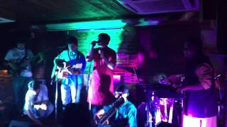nadia the hansraj projekt live at cafe out of the box