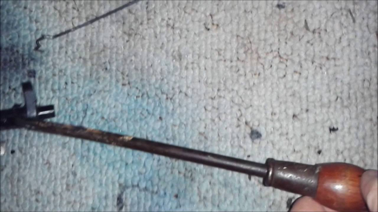 how to replace a kick down cable on a chevy th350 trans [ 1280 x 720 Pixel ]