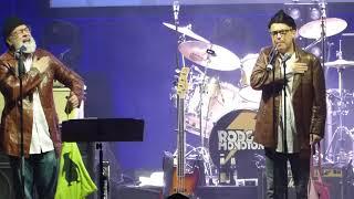 Rodgau Monotones & Badesalz - Happy (Pharrel Williams) LIVE @ Stadthalle Offenbach 10.03.18