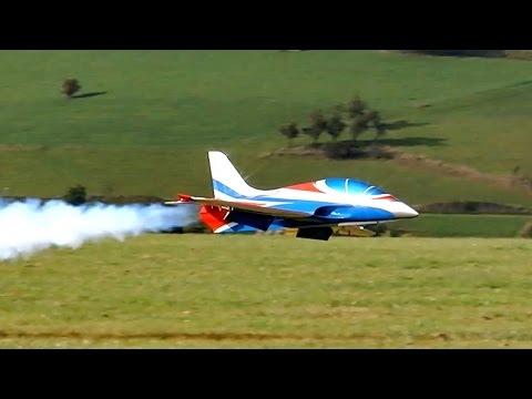 JET-ITALIA TURBINES AVANTI S LEONARDO SCARDIGLI GIGANTIC RC JET FLIGHT SHOW / Jetpower Messe 2015