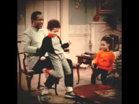 "Alicia Keys 4 years old at ""The Cosby Show"" - YouTube"