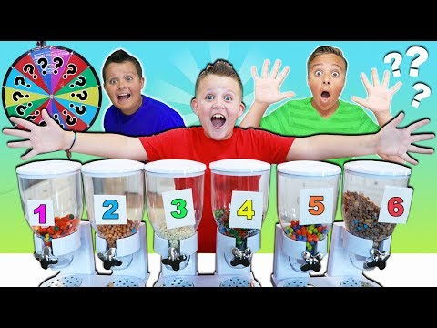 MYSTERY CANDY DISPENSER HALLOWEEN ROULETTE GAME! FUN FUN FUN! kids candy