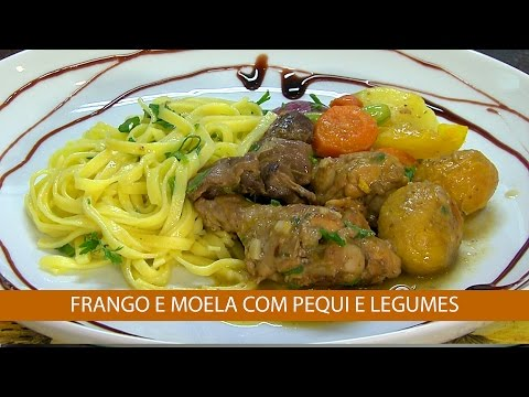FRANGO E MOELA COM PEQUI E LEGUMES