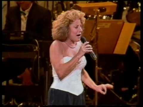 Sunshine, Lollipops & Rainbows ~~~ Lesley Gore ~~~ Melbourne 1989