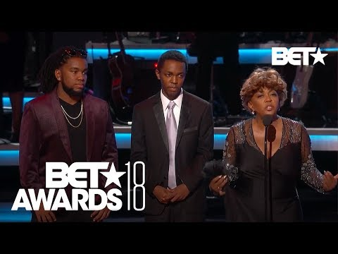 Anita Baker Says The Sweetest Words During BET Awards, Brings Us 'Joy' | BET Awards 2018
