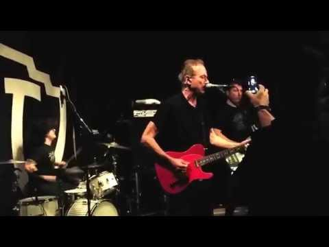 "Hugh Cornwell (The Stranglers) performs ""Skin Deep"" - June 30, 2015"
