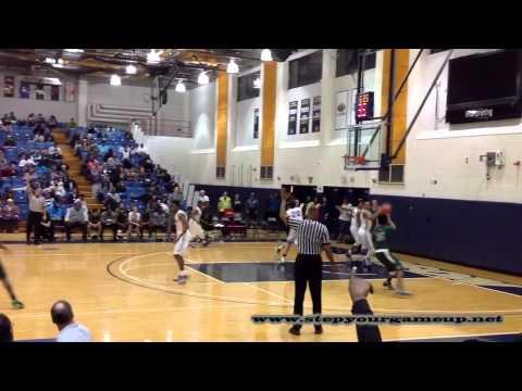 St. Mary's Ryken's Donte Etheridge shotfake & doublepump through 2 basket vs. Gonzaga.
