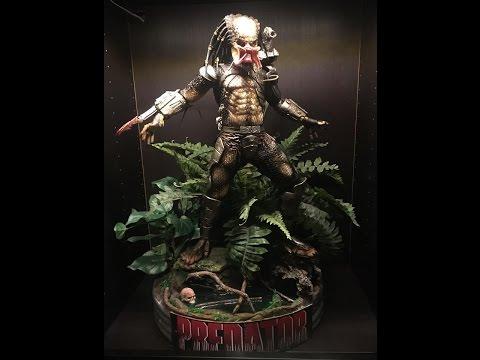 Neca 1/4 Predator Conversion Statue...