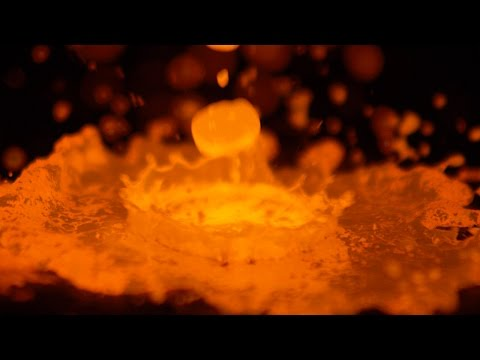 Download Youtube: 1200°C Molten Copper in Slow Motion - The Slow Mo Guys