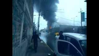 Incendio en una fabrica de la Calle Cuahutemoc 18 Junio 2015