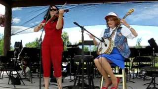 Georgette Twain, Dueling Banjo's with Banjo and Violin!